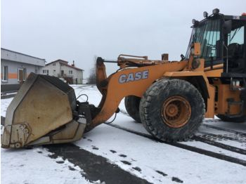 CASE 821C - wheel loader