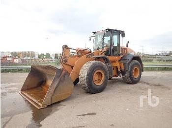 Wheel loader CASE 821E