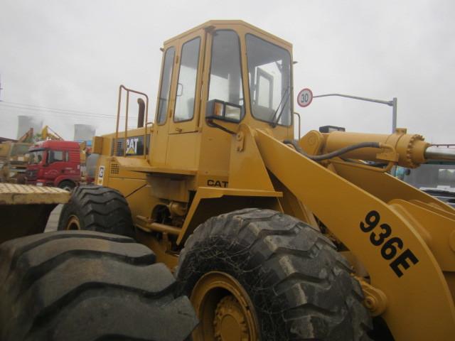 wheel loader CATERPILLAR 936E