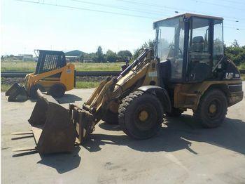CAT 906 - wheel loader