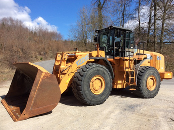 Case 1221E - wheel loader