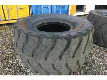 Wheel loader Caterpillar 988 Reifen Tyres Michelin XLD