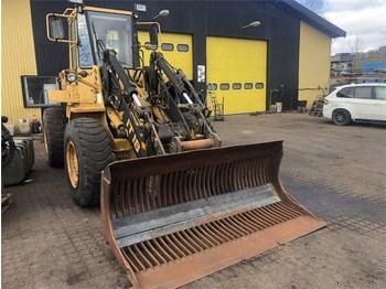 Wheel loader Caterpillar IT18