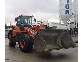 DOOSAN DL 300 - wheel loader