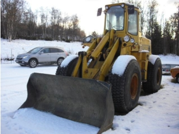 Ford A 64 - wheel loader