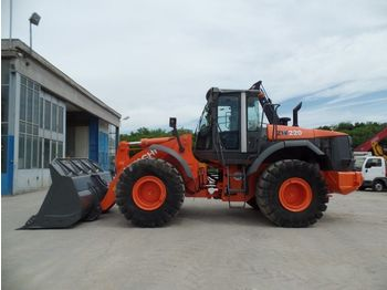 HITACHI ZW220 - wheel loader