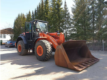 Hitachi ZW 220-5 - 8019 St! + HOCHKLAPPSCHAUFELP  - wheel loader