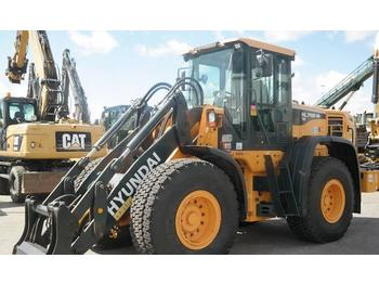 Wheel loader Hyundai HL 740-9: picture 1