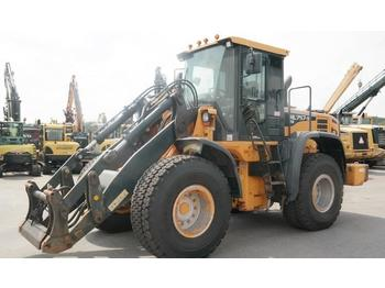 Wheel loader Hyundai HL 757-9: picture 1