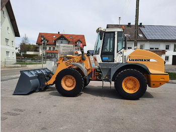Liebherr 524  - wheel loader