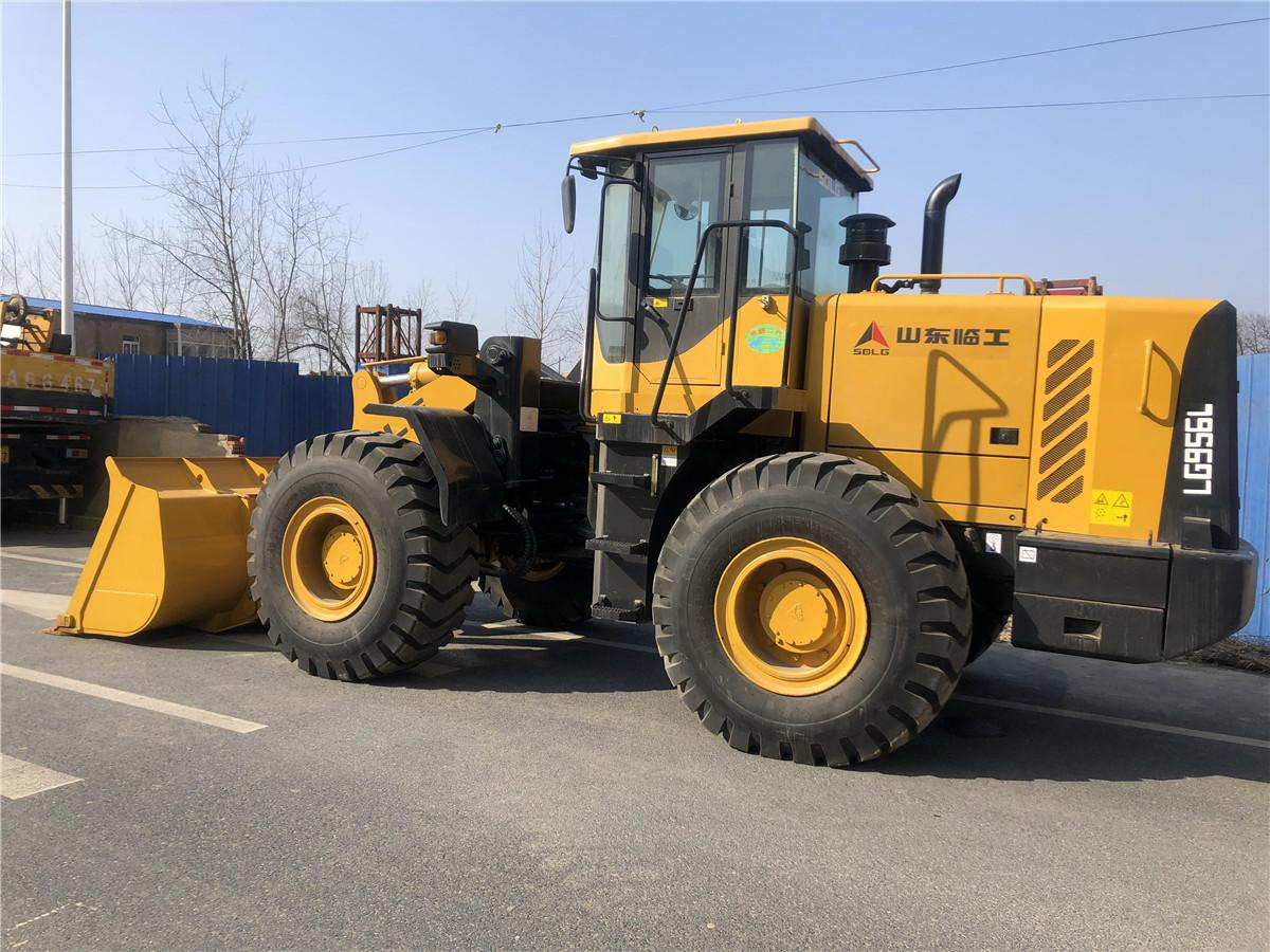 wheel loader SDLG LG956
