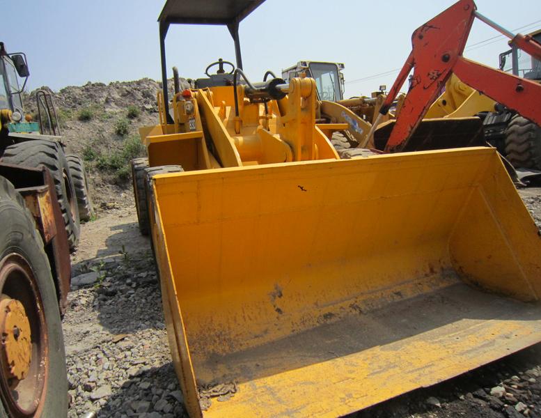 wheel loader TCM 820
