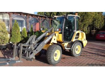 VOLVO L 20F - wheel loader