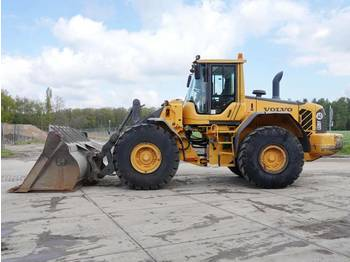 Wheel loader Volvo L120F - Excellent Condition / CE / New Tyres