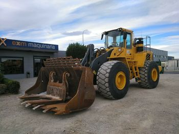 Wheel loader Volvo L220E