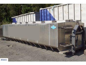 AUKA tanker til transport av vann/levende fisk med oksygen anlegg - cserélhető felépítmény - tartály