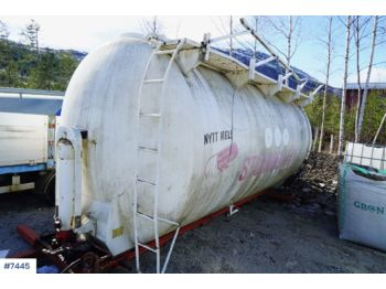 Bulk tank in aluminum with tipped on cameleon frame - cserélhető felépítmény - tartály