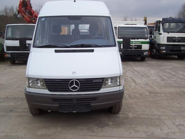 mercedes benz 312 d kastenwagen 4 bzw 6 sitzer closed box delivery van from germany for sale at. Black Bedroom Furniture Sets. Home Design Ideas