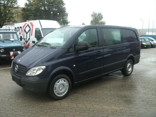 mercedes benz vito 111 cdi mixto 5 sitzer klima lkw closed box delivery van from germany for. Black Bedroom Furniture Sets. Home Design Ideas