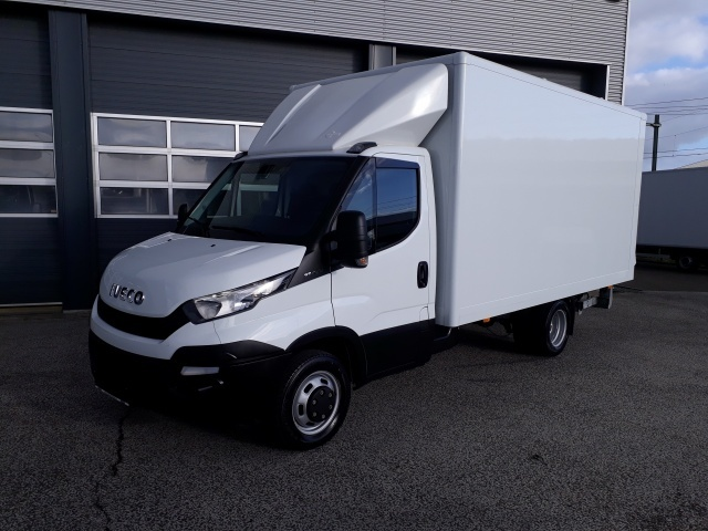 5f94b52c0d Iveco Daily 35C13 (Euro5 Klima ZV) closed box van from Netherlands ...