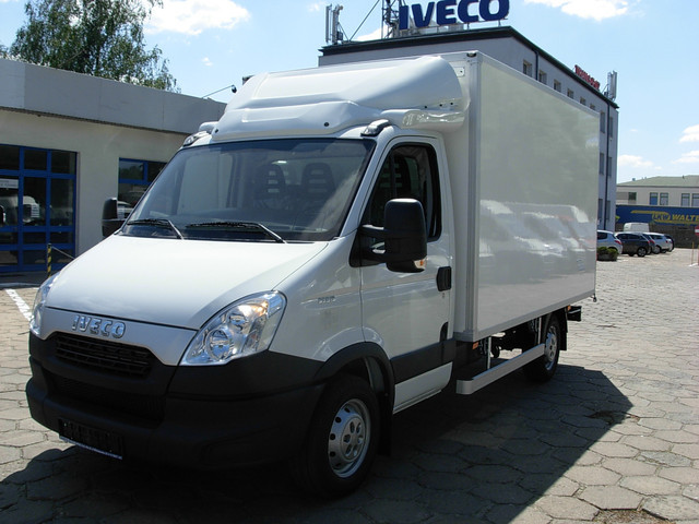 new iveco daily 35s13 radstand 3750mm euro5 closed box van for sale from poland at truck1 id. Black Bedroom Furniture Sets. Home Design Ideas