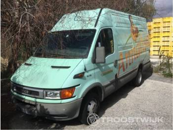 Closed box van Iveco daily 50c13