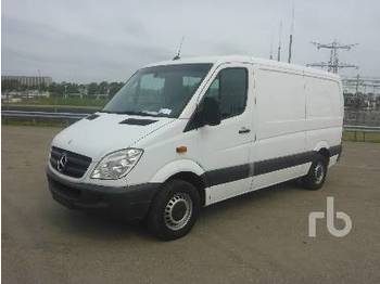 MERCEDES-BENZ SPRINTER 310CDI - closed box van