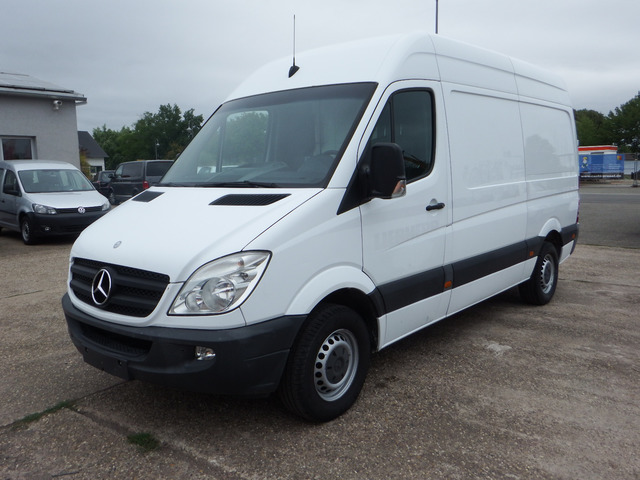 mercedes benz sprinter 316 cdi closed box van from germany. Black Bedroom Furniture Sets. Home Design Ideas