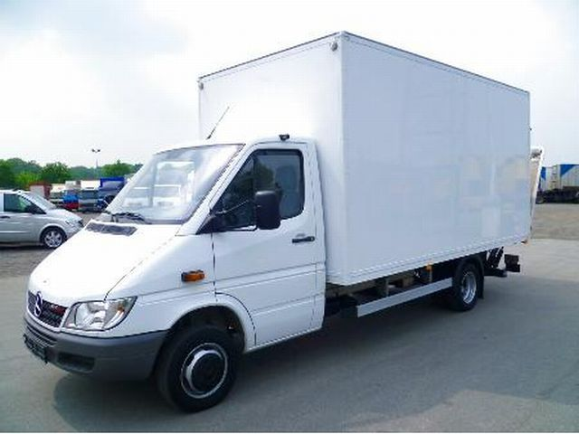 mercedes benz sprinter 413 cdi koffer lbw closed box van from germany for sale at truck1 id. Black Bedroom Furniture Sets. Home Design Ideas