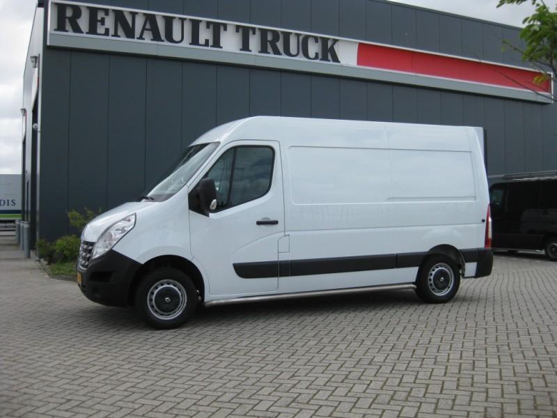 renault master l2h2 laadklep closed box van from. Black Bedroom Furniture Sets. Home Design Ideas