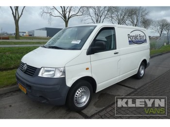 26b8ee1f2c VW T5 Transporter 1.9 TDI closed box van from Germany for sale at ...