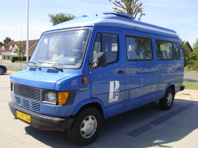 Mercedes Vito 5m3 : mercedes benz 309 d delivery van from denmark for sale at truck1 id 1009891 ~ Medecine-chirurgie-esthetiques.com Avis de Voitures