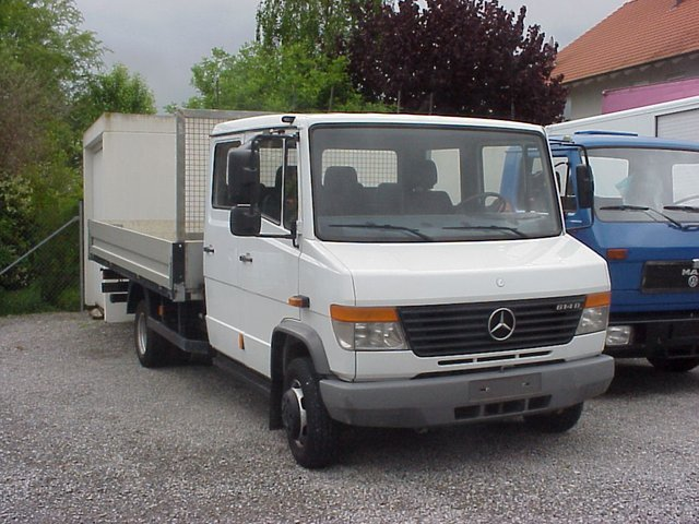 mercedes benz vario 614 d doka 7 sitzer pritsche 4m 2x ahk open body delivery van from germany. Black Bedroom Furniture Sets. Home Design Ideas