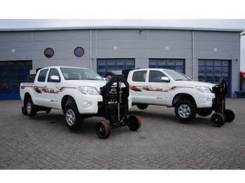 Toyota Hilux NEW 2500 Turbo D4D  - open body delivery van