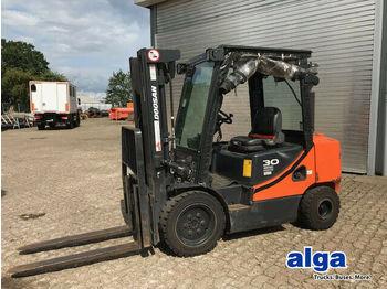 Forklift Doosan D30S-7, hydr. Gabelverstellung, Schutzgitter!