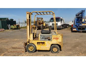 Fenwick Diesel Forklift c/w 2 Stages Mast - Located in Huelva - Spain - Loading Ramp Available - forklift