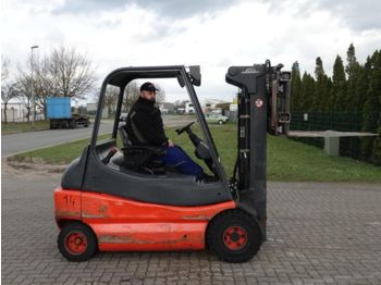 Forklift Linde E30-02