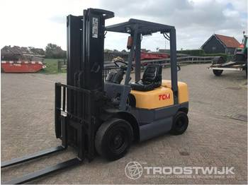 TCM FD25Z5T - forklift