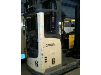 Crown ESR4000 - reach truck