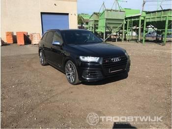 Audi SQ7 - лек автомобил