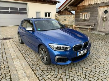 Лек автомобил BMW M140i xDrive LED, Navi, Keylees go, Schiebedach