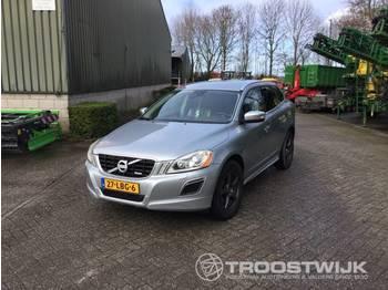 Volvo Xc60 D - лек автомобил