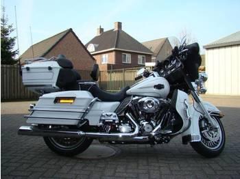 Harley-Davidson FLHTCU.ULTRA CLASSIC ELECTRA GLIDE. FLHTCU - мотоциклет