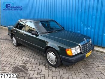 Легковой автомобиль Mercedes-Benz 124 300d