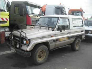 Легковой автомобиль Toyota Land Cruiser
