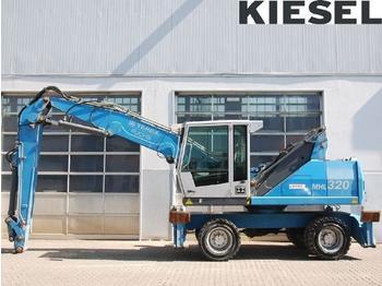 Fuchs MHL320 D - آلة التعامل مع النفايات