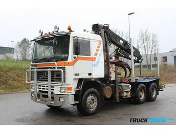 Prevoz lesa Volvo F16 6x4 Holzkran: slika 1