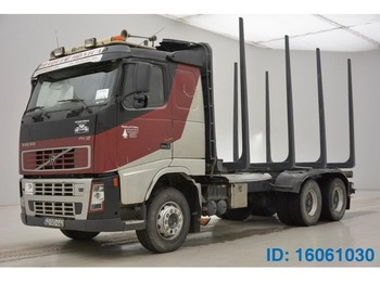 Prevoz lesa Volvo FH12.520 - 6X4
