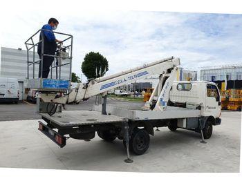 Cela TEL 19 Nissan - камион со подигачка кошница