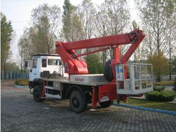 MAN  - камион со подигачка кошница